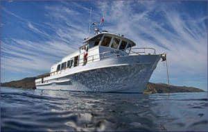 magician dive boat