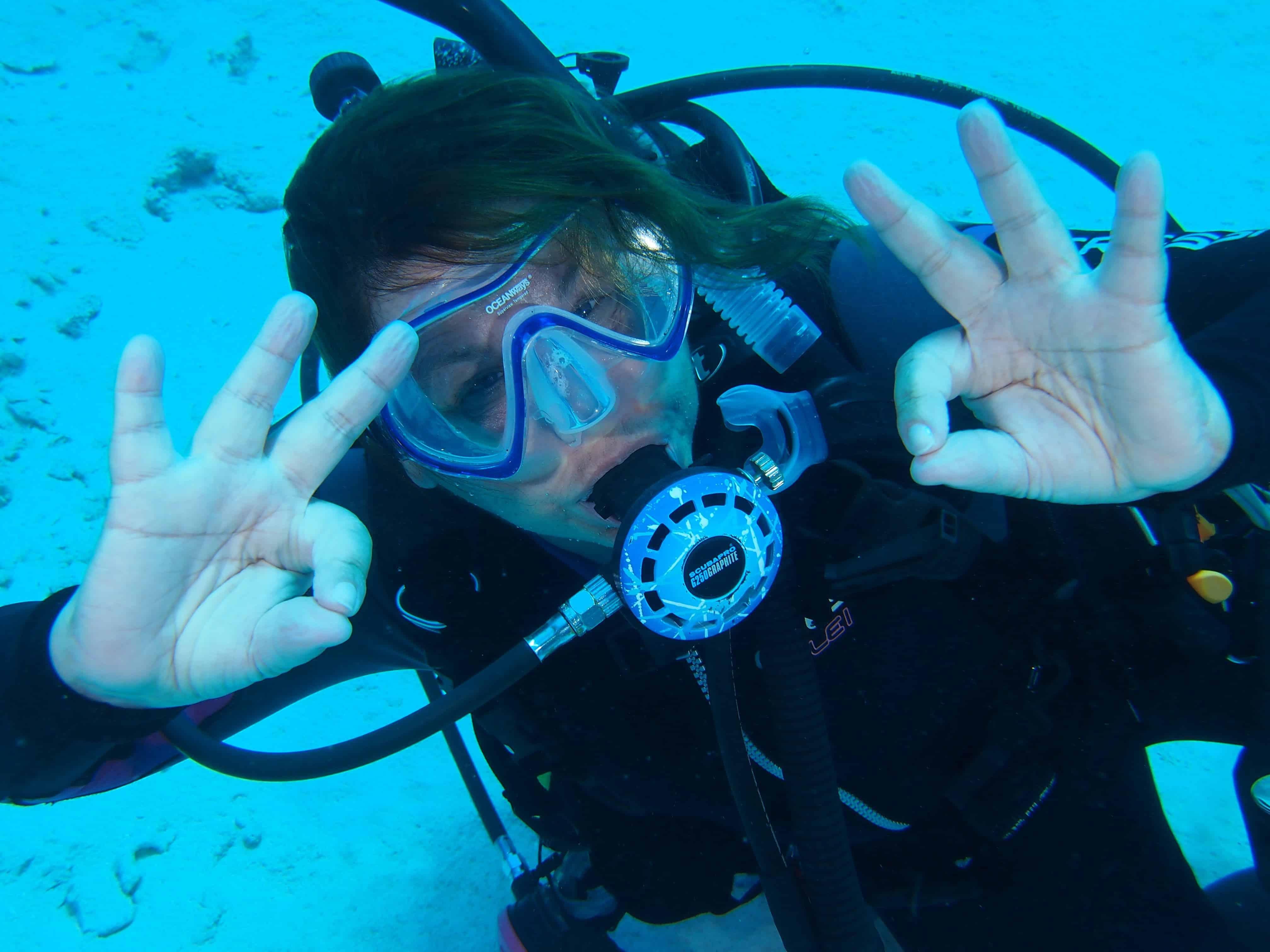 cayman-brac-diver