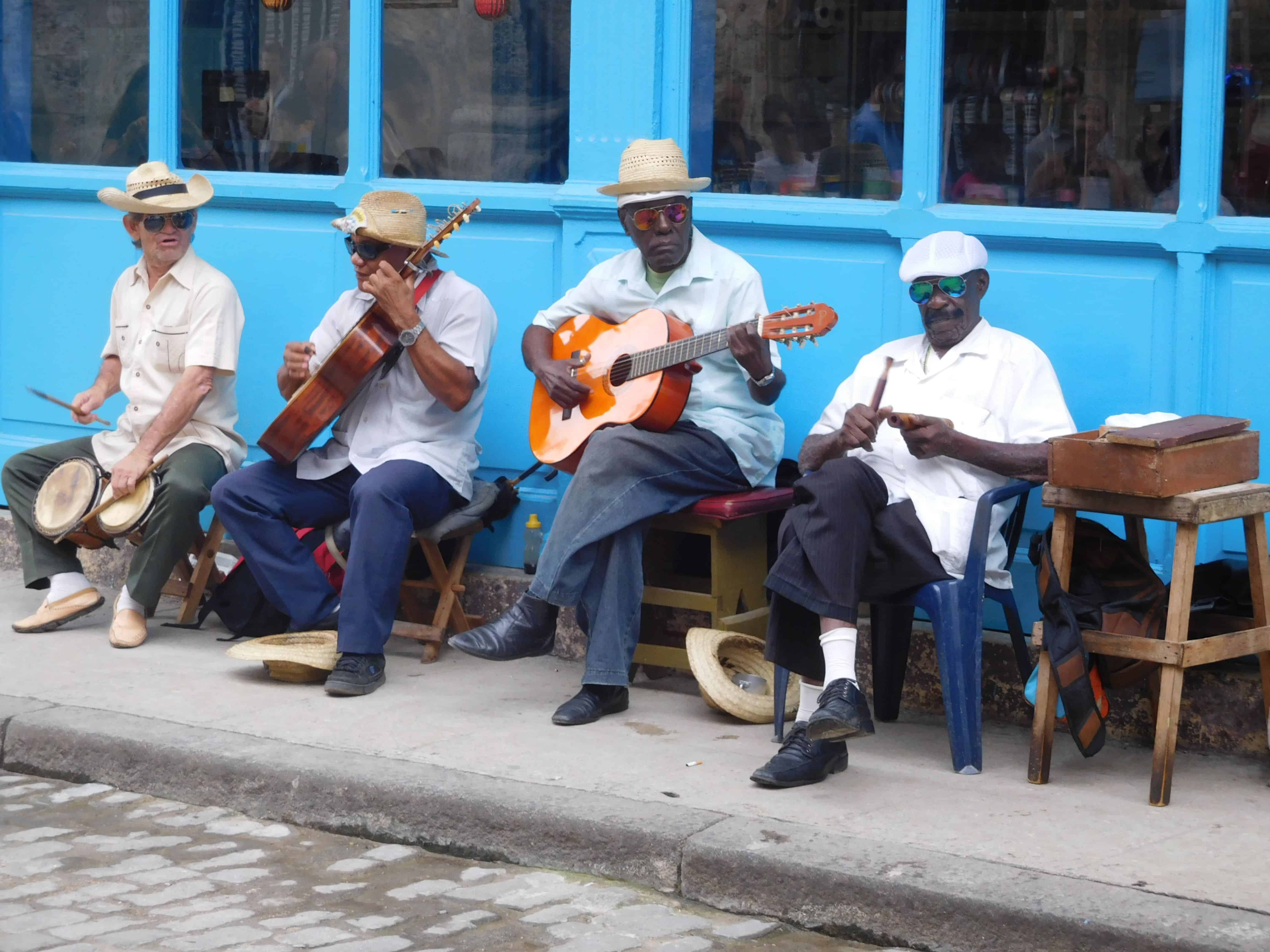 cuban musicians in old havana
